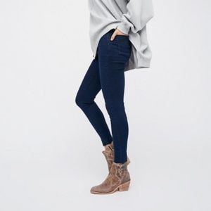 FREE PEOPLE Easy Goes It Jeggings Sz 28 NWT